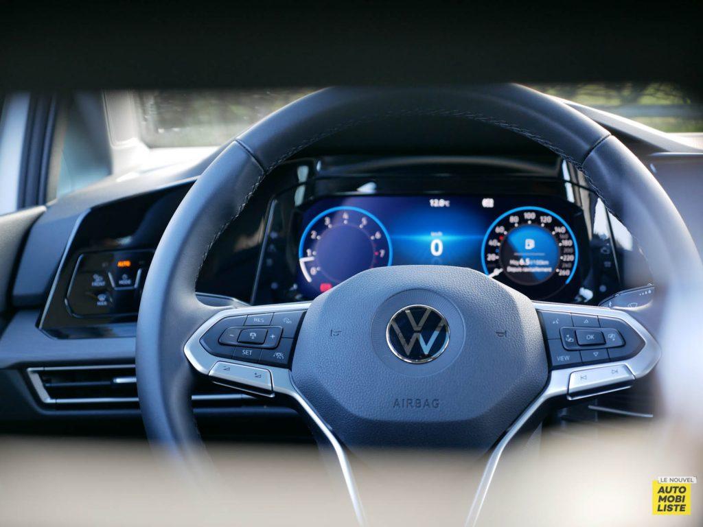 LNA ESSAI 2012 VW Golf eTSI Tableau de Bord 003
