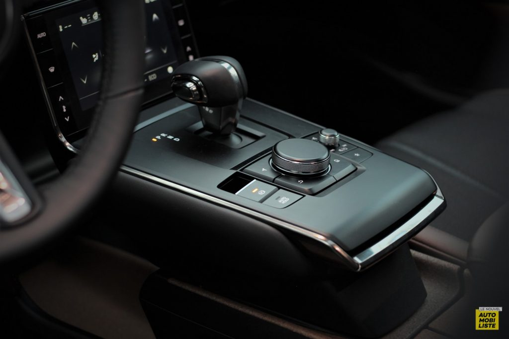 Mazda MX 30 LNA Thibaut Dumoulin 11