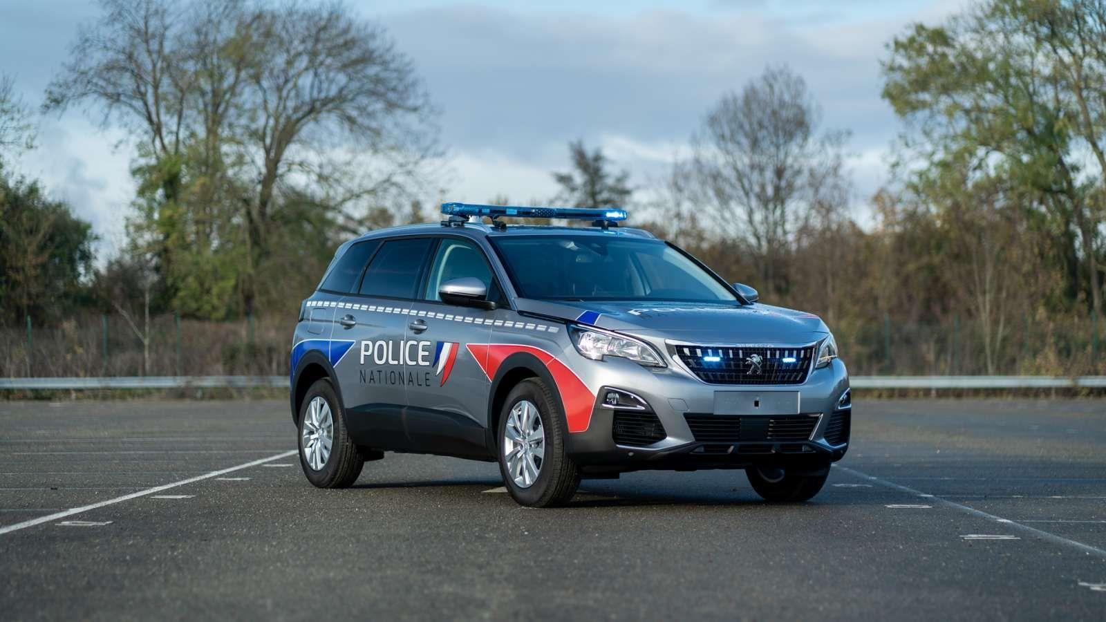 Peugeot 5008 police gendarmerie 1