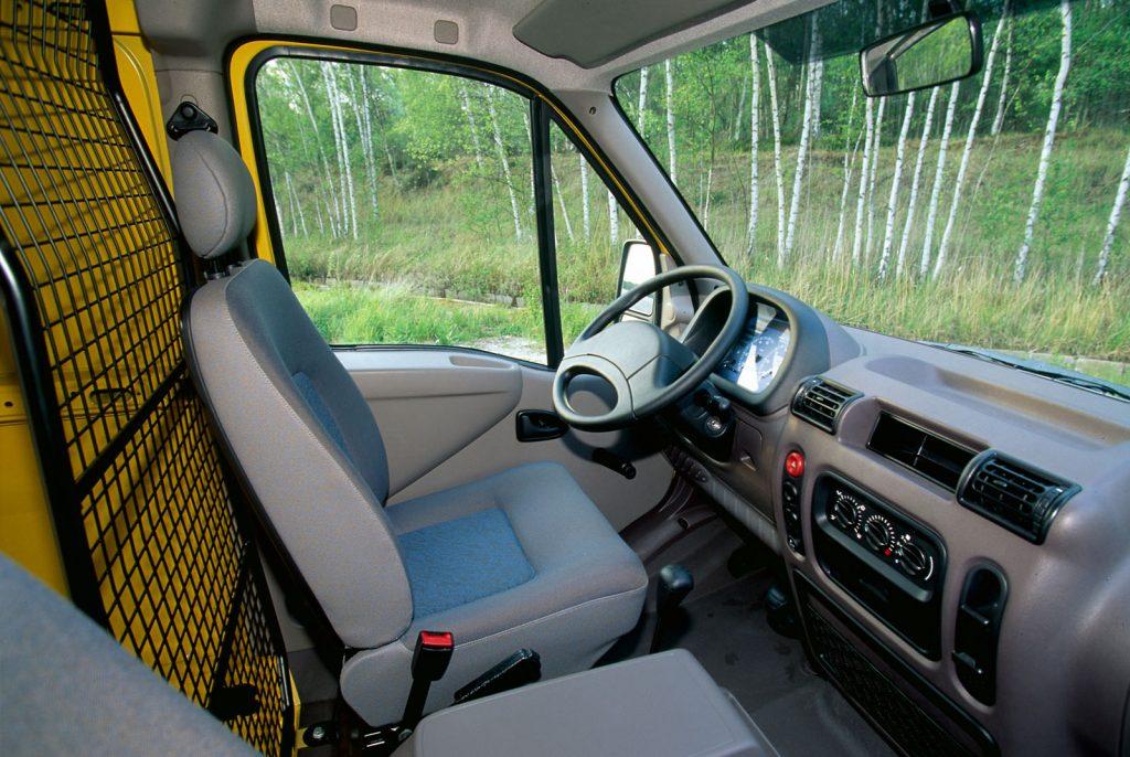 Renault Master 2.1 003